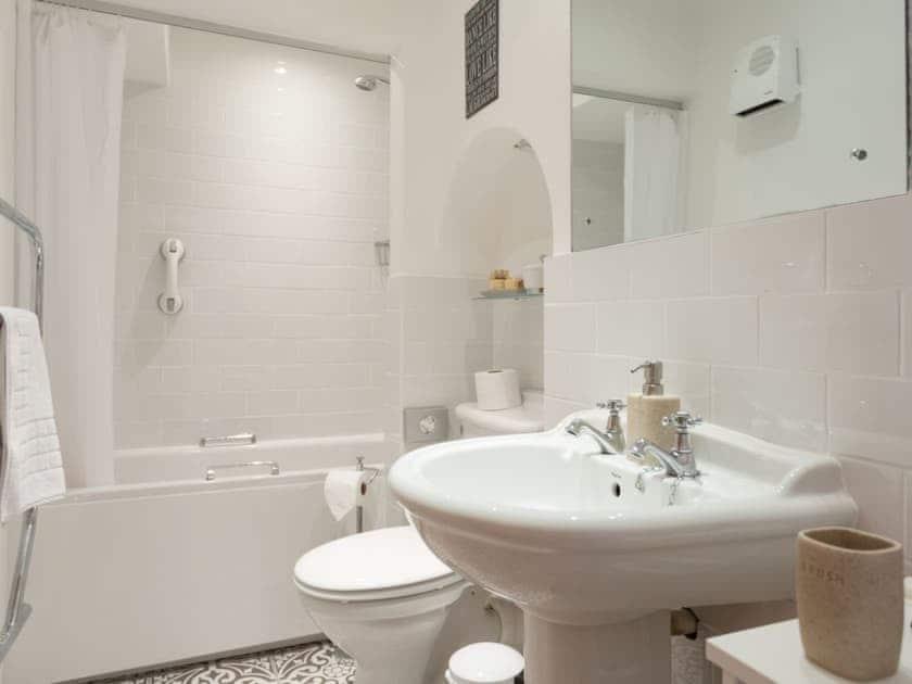Family bathroom with shower over bath   Stable Corner  - Lower Elsford Farm, Lustleigh, near Bovey Tracey