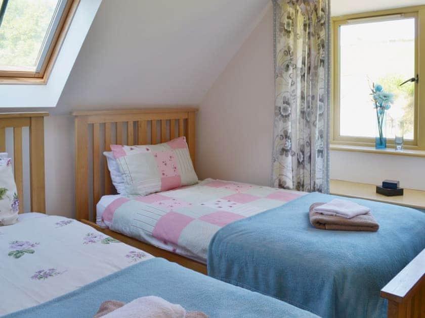 Cosy twin bedded room | Beer Farm, Waterrow, near Wiveliscombe