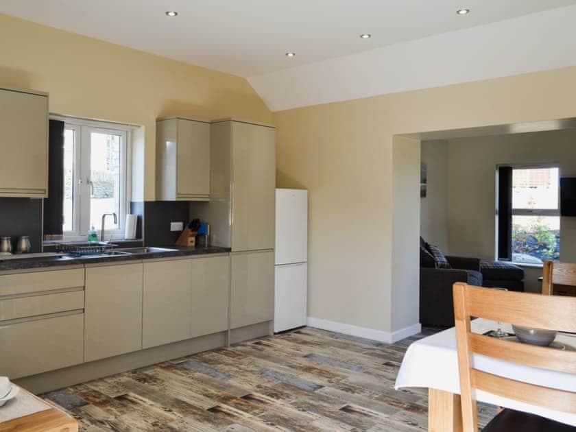 Kitchen/diner | Roath - Hafan Dawel Cottages, Cilcennin, near Aberaeron