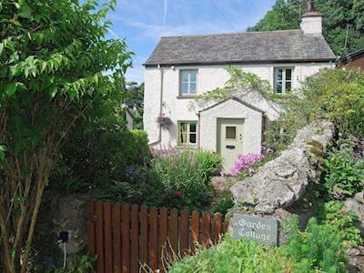 Charming Cottage nestling in the Lyth Valley   Garden Cottage, Brigsteer