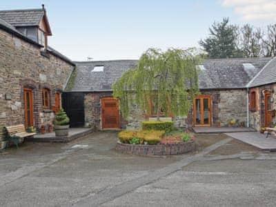 Courtyard | Henfaes Bwthyn, Nannerch, Mold