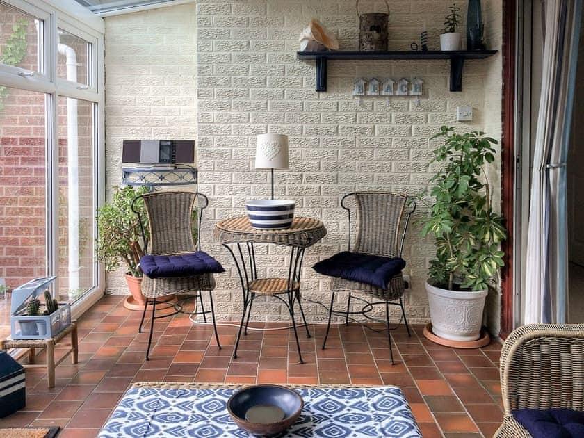 Spacious conservatory   Carr House, Cayton, Scarborough
