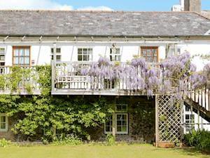 Fingals Cottages - Wisteria