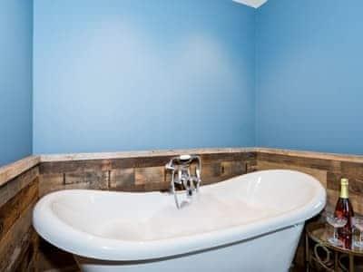 Freestanding bath | Kiri Cottage - Edenhall Estate, Edenhall, near Penrith