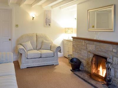 Comfy furniture in living room | Alltgarth, Bellerby, near Leyburn