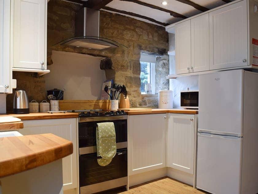 Kitchen and dining area | April Cottage - Spring Cottages, Settle
