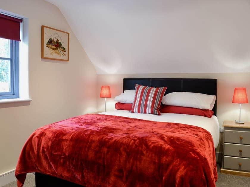 Bedroom with kingsize bed | Hafod, Llanfarian, near Aberystwyth