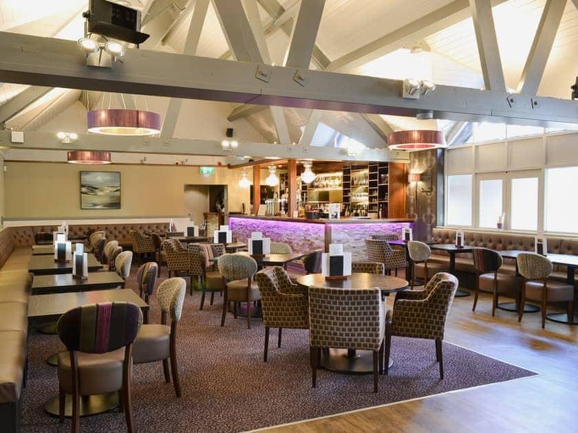 Bar and restaurant available all year | Villa 75, Cromer