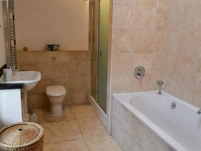 Modern bathroom with shower | John Peel House, Ruthwaite, near Bassenthwaite