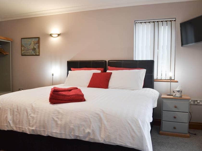 Double bedroom   Corlan, Llanfarian, near Aberystwyth