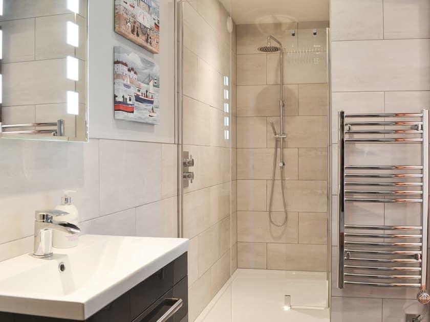 Shower room | Corlan, Llanfarian, near Aberystwyth