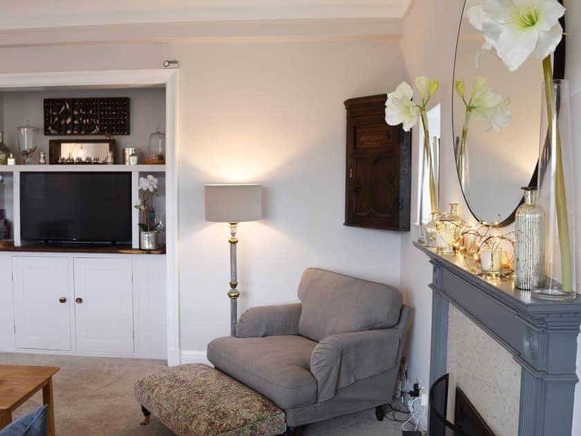 Delightful living area with smart tv | Fairhaven 3, Salcombe
