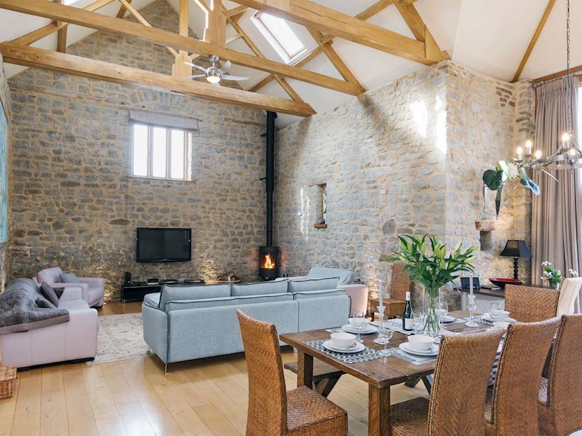 Avon Farm Estates - Tythe Barn