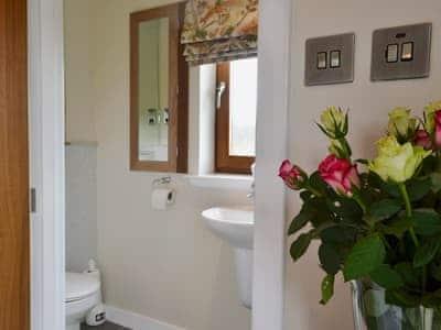 En-suite shower room | Birch Lodge, Kiltarlity, near Beauly
