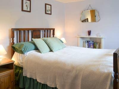 Lovely double bedroom | Upper Ffinnant - Ffinnant, Soar, near Brecon