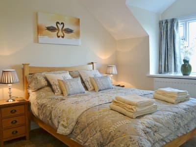 Comfortable double bedroom   Bwthyn Tyddyn Sachau, Y Ffôr, near Pwllheli