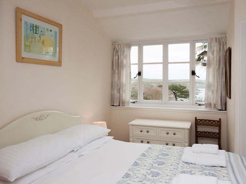 Double bedroom with splendid estuary views | Anchorage, Salcombe