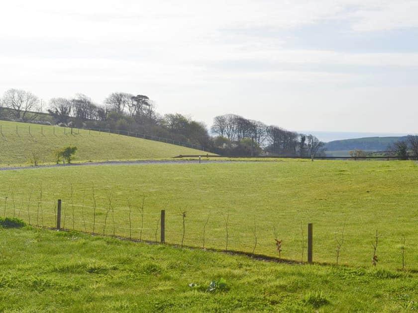Lovely surrounding countryside | Braeburn, Slapton
