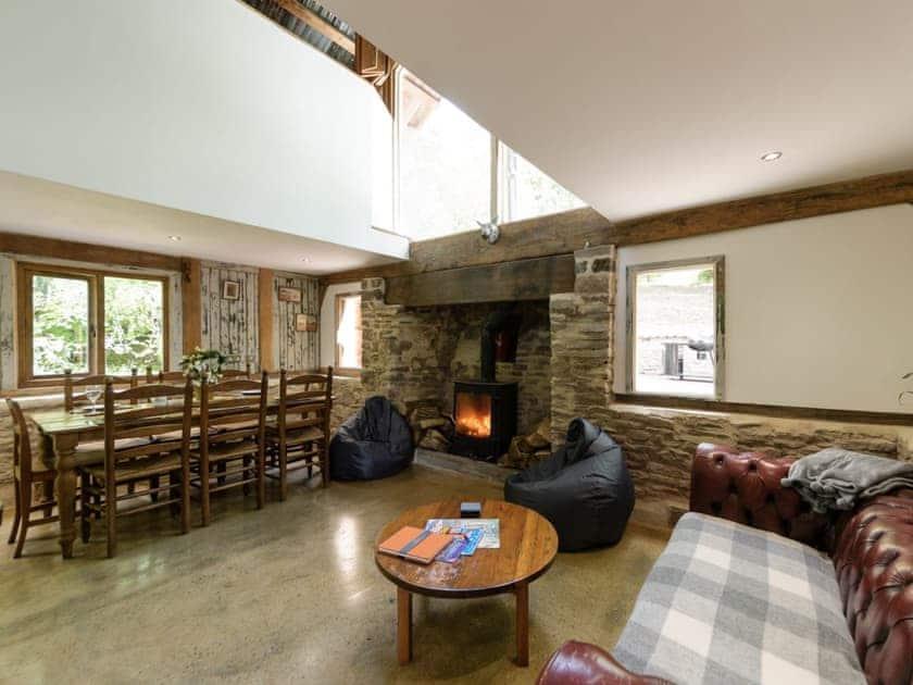 Unique open plan living space | The Retreat, Longhope, near Gloucester