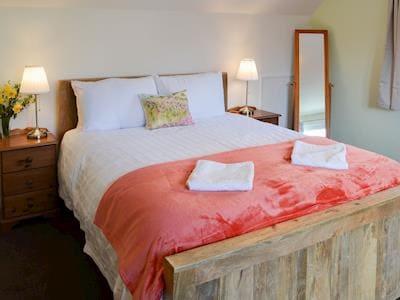 Welcoming double bedroom   Harbour View, Oban