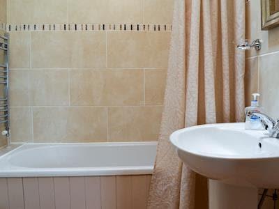Bathroom | Bay Cottage, Haworth