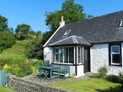 Exterior   Burnside Cottage, Sliddery, Isle of Arran