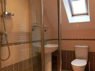 En-suite | Auchrannie View, Brodick, Isle of Arran