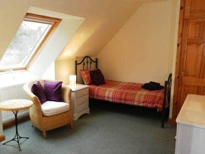 Twin bedroom | Alltan, Brodick, Isle of Arran