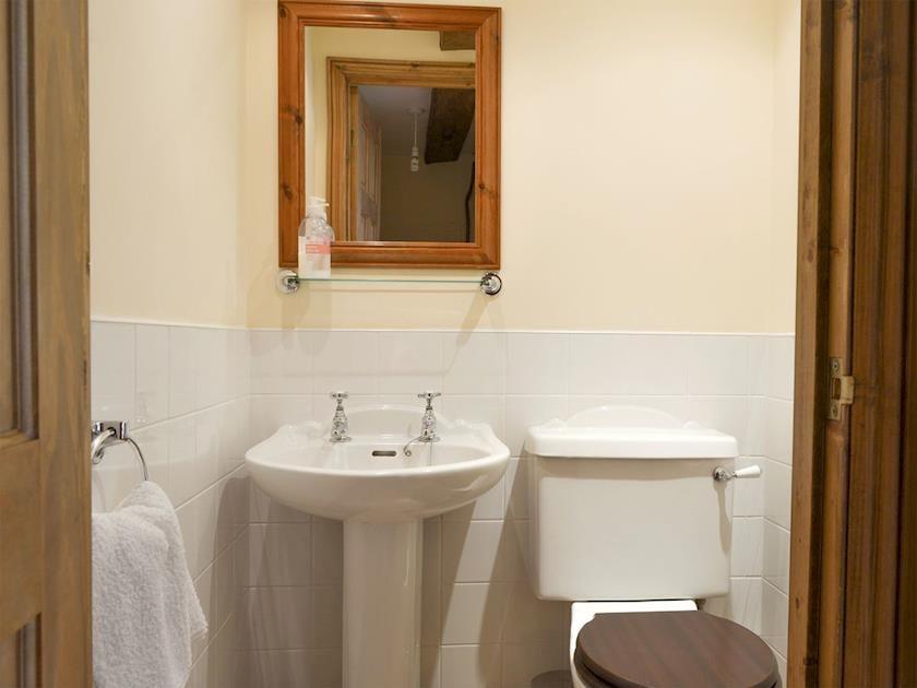Ground floor toilet | The Byre - Ruxton Farm, Kings Caple, near Ross-on-Wye