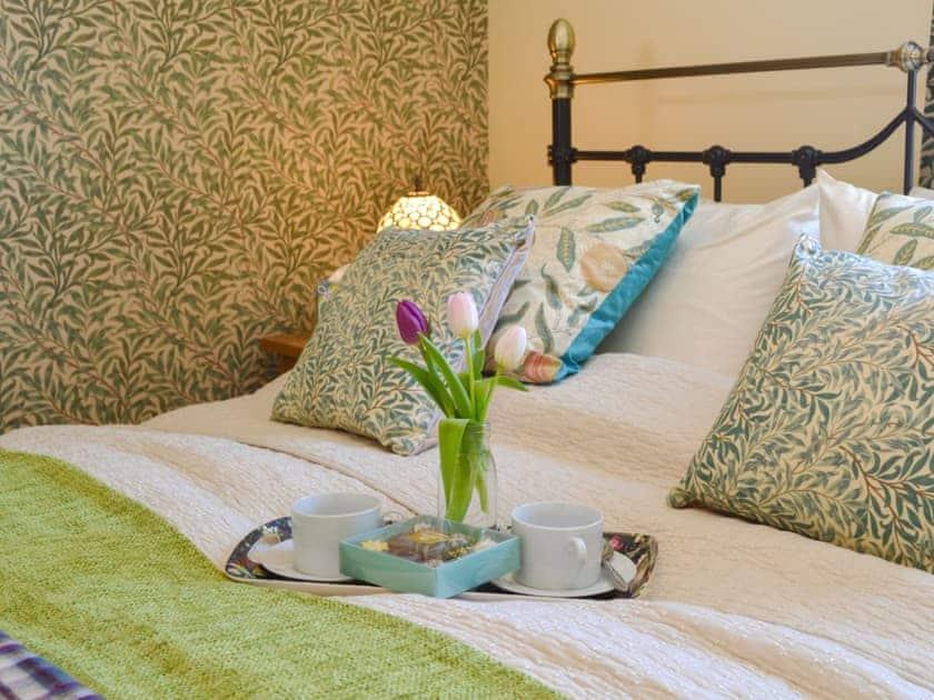 Well presented double bedroom | Larkspur, St Leonards-on-Sea, near Hastings