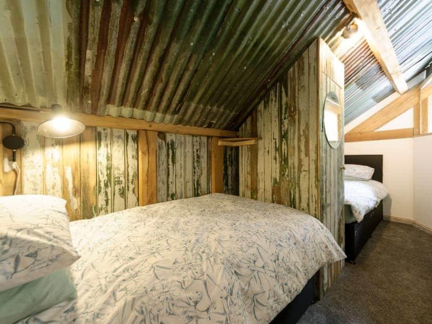 Twin bedroom | The Retreat, Longhope, near Gloucester