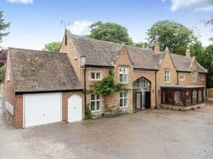 The Tythe Barn Properties - The Tythe Barn