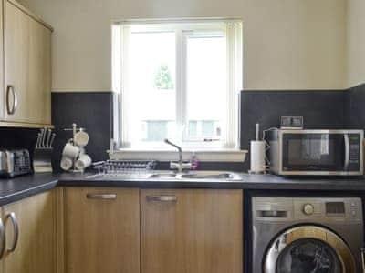 Well-equipped kitchen | Little Green Cottage, Drumnadrochit, near Inverness