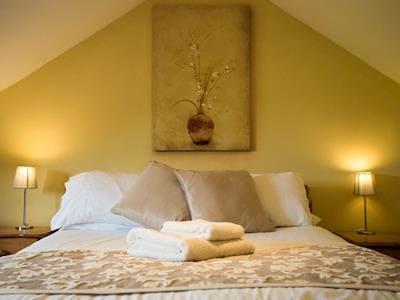 Double bedroom | Rose Cottage, Thorpe Bassett near Malton