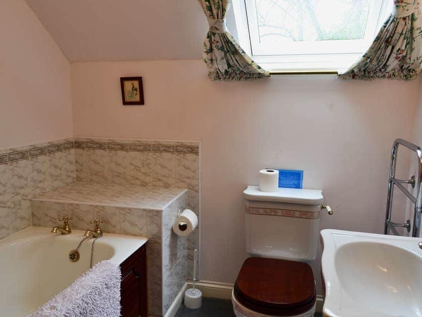 Bathroom | Timberwick Green - Akeld Manor, Akeld, Wooler