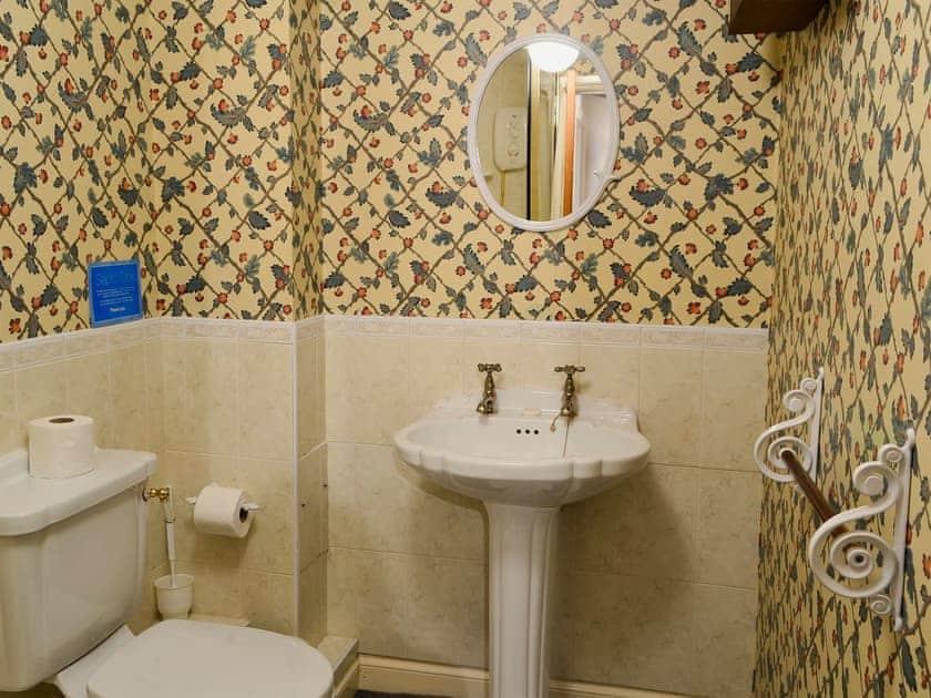 Shower room | Timberwick Green - Akeld Manor, Akeld, Wooler