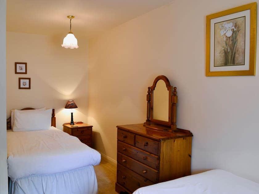 Twin bedroom | Freesia Cottage - Akeld Manor, Akeld, Wooler