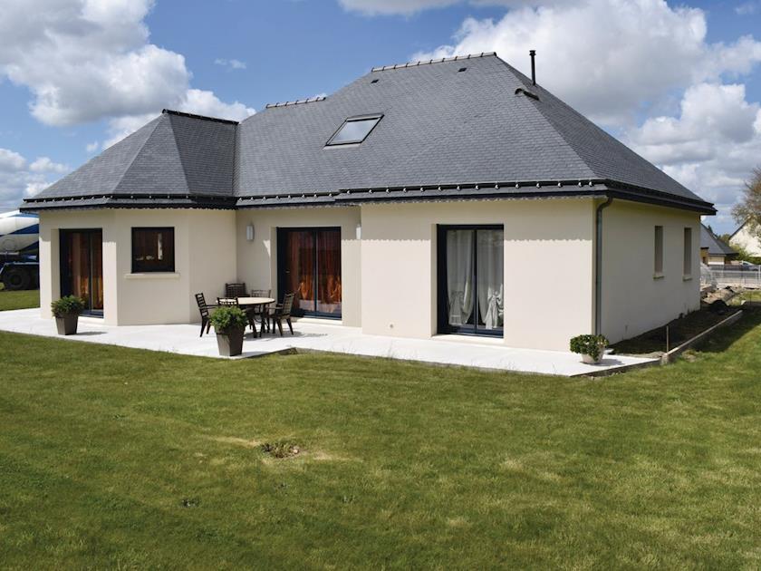 La Maison Moderne (ref FBC638) in Ploumagoar, Brittany | French ...