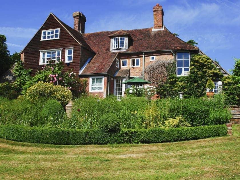 Shared garden and grounds | Cowbeech Farm Cottage, Cowbeech, near Hailsham
