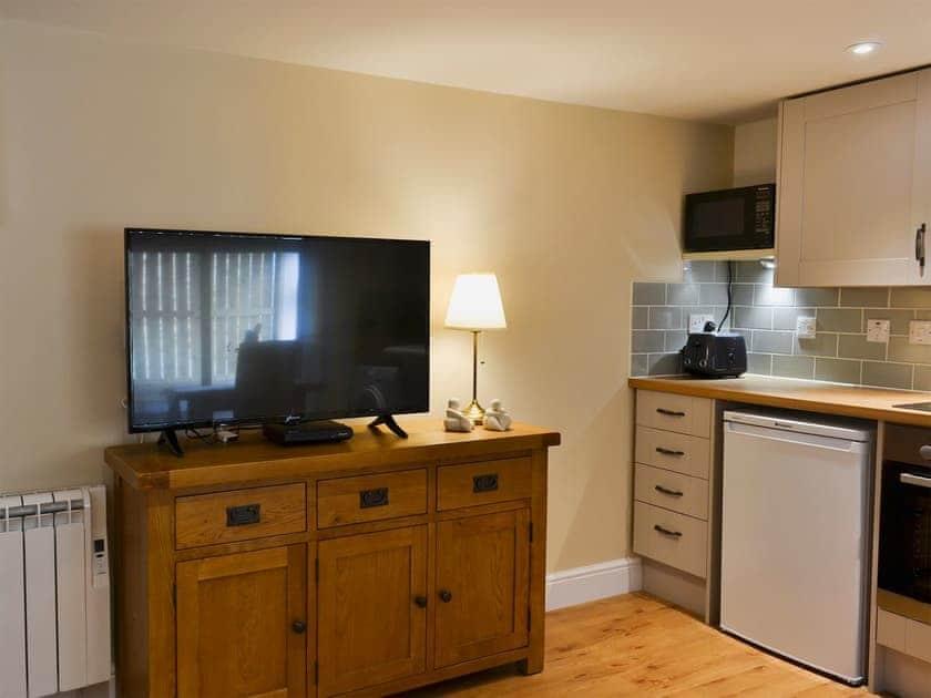 Open plan living space | The Hayloft - Chestney House & The Hayloft, Hunstanton