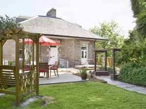 Viewmount House - Caledonian