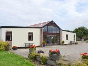 Clapham Holme Farm Cottages - Primrose