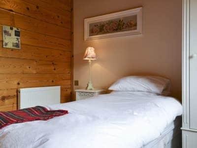 Single bedroom | Gairlochy Bay, Gairlochy, near Fort William