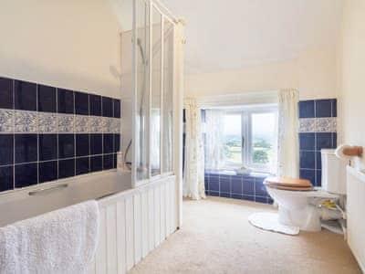 En-suite bathroom   The Haybarn, Devauden, near Chepstow