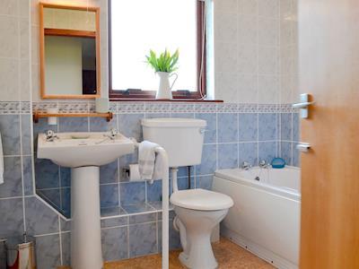 Bathroom | Maple - Wester Brae Highland Lodges, Culbokie, near Dingwall