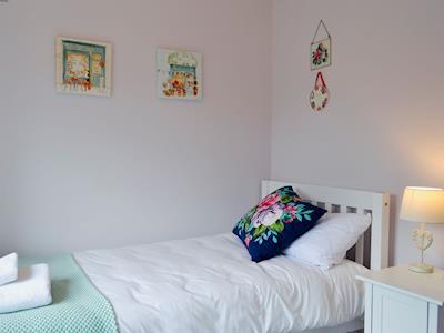 Double bedroom | Frankel Cottage - Cliff Stud Cottages, Helmsley