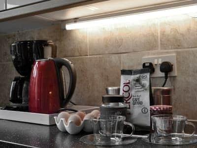 Well-equipped kitchen | Cwmtwrch Cottage, Upper Cwmtwrch, near Ystradgynlais