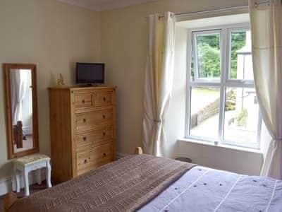 Double bedroom | Cobwebs, Lindale, near Grange-over-Sands