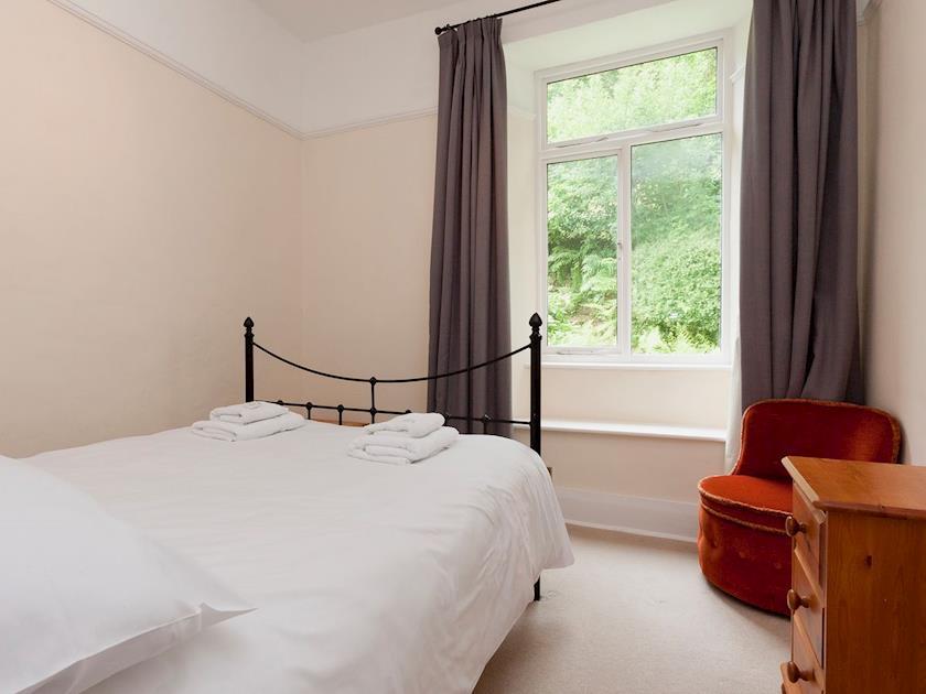Double bedroom | Higher Venice, Dartmouth