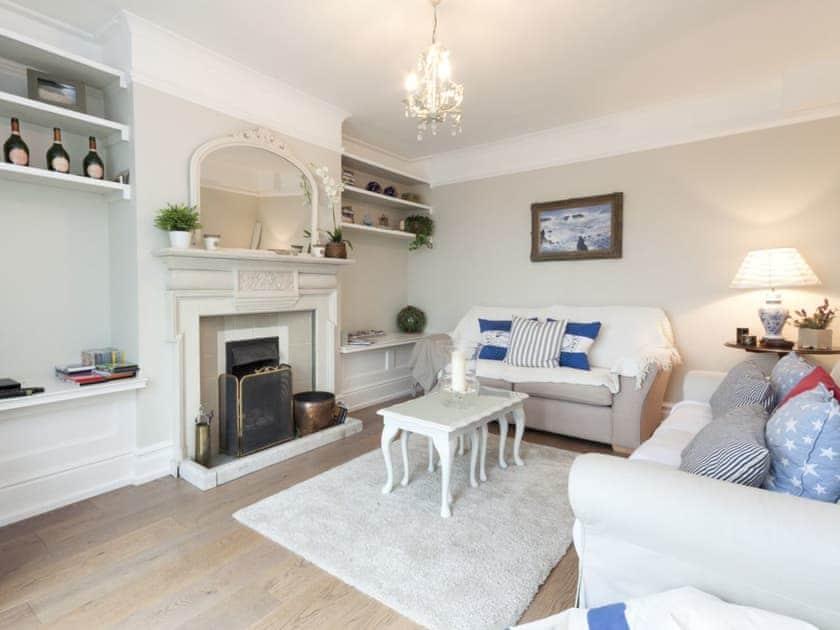 Serene living room | Weald, Salcombe